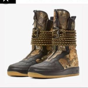 Nike Army air sneakers boots 🎁